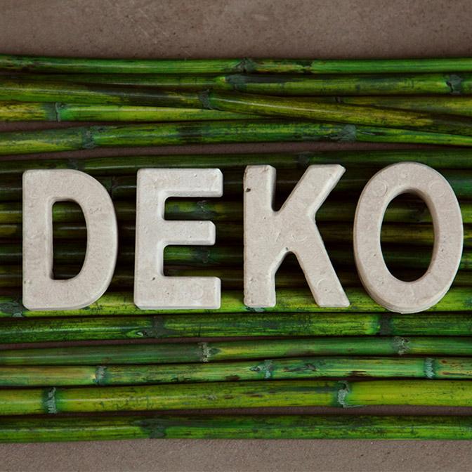 In Handarbeit gefertigte Beton-Buchstaben. Hier Beispielsweise das Wort Deko.