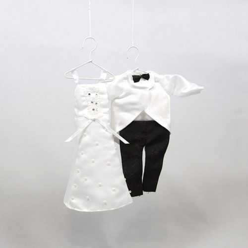 kleine Hochzeits-Bekleidung aus Stoff