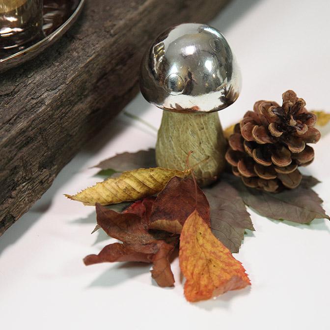 Ausschnitt des herbstlichen Deko-Sets Pilze mit Windlichtern