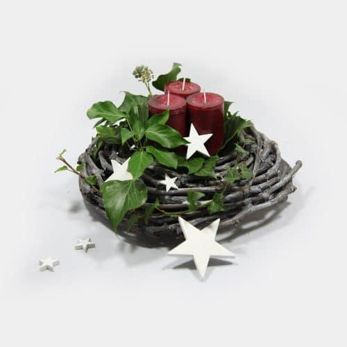 Deko-Set Weihnachtskranz Efeu, rote Kerzen, Sterne